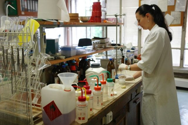 Laboratoř organické syntézy