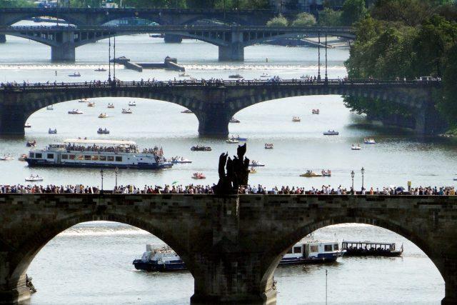 Karlův most, most Legií, Jiráskův most