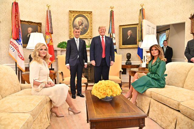 Monika Babišová, Andrej Babiš, Donald Trump a Melania Trumpová v Bílém domě