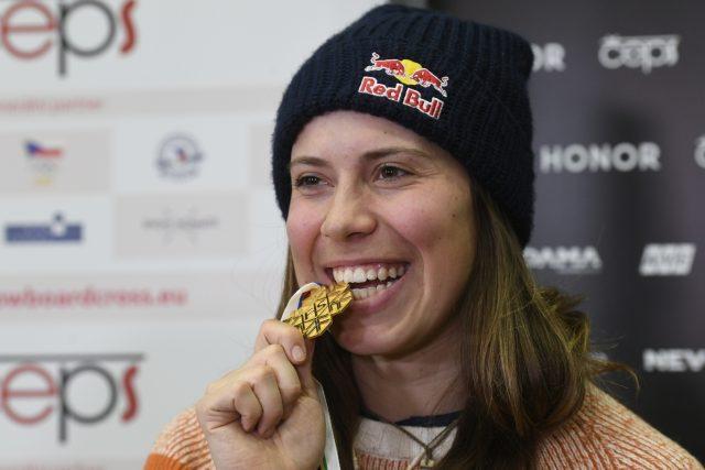 Eva Samková po příletu z Park City se zlatou medailí