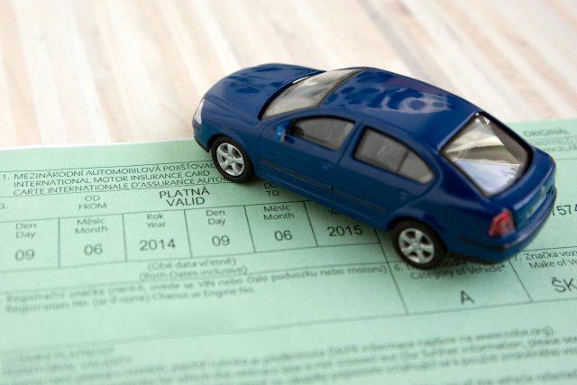 povinné ručení, pojištění auto, zelená karta (ilustrační foto)