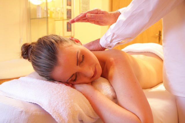 Wellness, masáž, relax, relaxace, lázně (ilustrační foto)